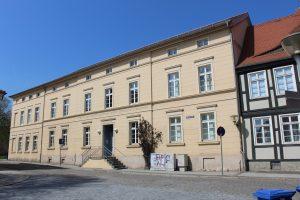 Stadtarchiv und ehemalige Lateinschule mit Refektorium